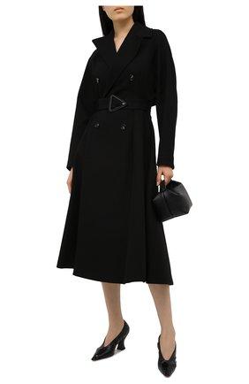 Женские кожаные туфли almond BOTTEGA VENETA черного цвета, арт. 651354/VBP10 | Фото 2