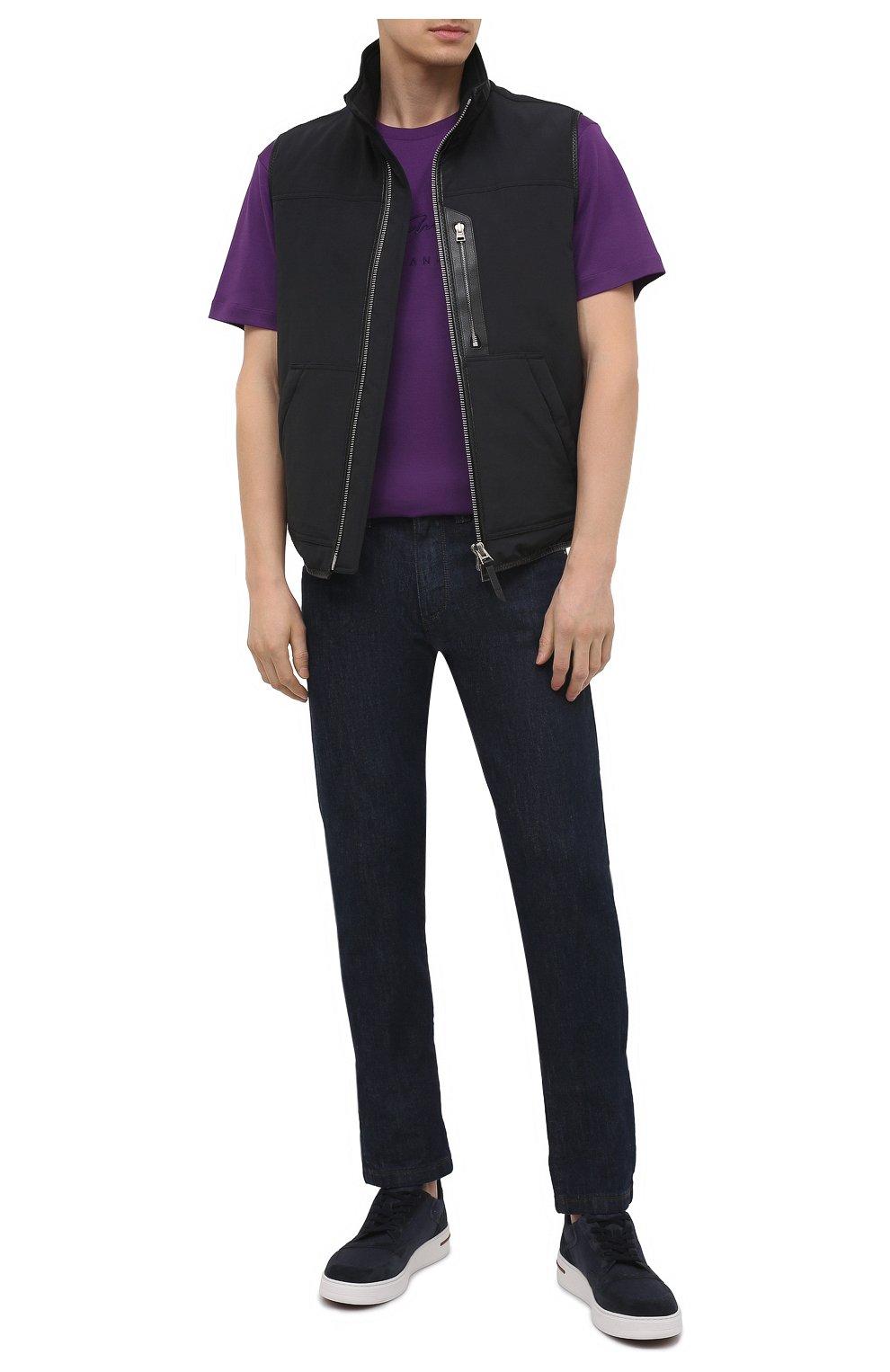 Мужская хлопковая футболка GIORGIO ARMANI фиолетового цвета, арт. 6GSM90/SJRQZ   Фото 2 (Рукава: Короткие; Длина (для топов): Стандартные; Принт: С принтом; Материал внешний: Хлопок; Стили: Кэжуэл)