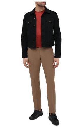 Мужская джинсовая куртка SAINT LAURENT черного цвета, арт. 597085/YF899 | Фото 2 (Стили: Кэжуэл; Длина (верхняя одежда): Короткие; Кросс-КТ: Деним, Куртка; Рукава: Длинные; Материал внешний: Хлопок)