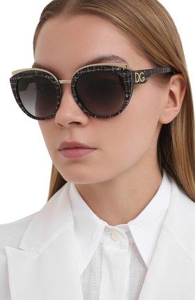 Женские солнцезащитные очки DOLCE & GABBANA серого цвета, арт. 4383-32868G | Фото 2