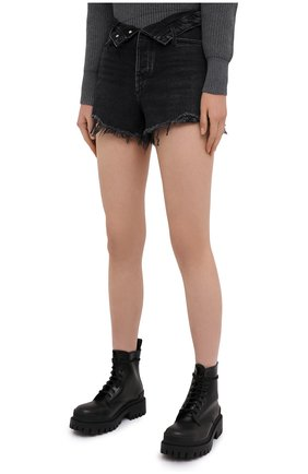 Женские джинсовые шорты DENIM X ALEXANDER WANG серого цвета, арт. 4DC2194542 | Фото 3 (Женское Кросс-КТ: Шорты-одежда; Кросс-КТ: Деним; Длина Ж (юбки, платья, шорты): Мини; Материал внешний: Хлопок; Стили: Кэжуэл)