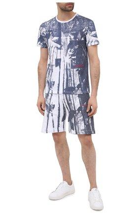 Мужская хлопковая футболка ALEXANDER MCQUEEN синего цвета, арт. 650408/QQZ62 | Фото 2 (Рукава: Короткие; Длина (для топов): Стандартные; Стили: Гранж; Принт: С принтом; Материал внешний: Хлопок)