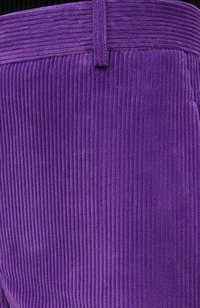 Женские хлопковые брюки VICTORIA BECKHAM фиолетового цвета, арт. 1121WTR002225A   Фото 5 (Женское Кросс-КТ: Брюки-одежда; Силуэт Ж (брюки и джинсы): Расклешенные; Материал внешний: Хлопок; Длина (брюки, джинсы): Укороченные; Стили: Кэжуэл)