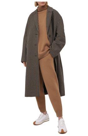 Женский кашемировый свитер BURBERRY бежевого цвета, арт. 8037207 | Фото 2
