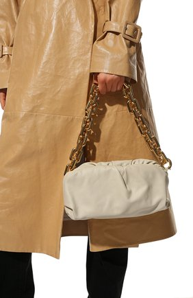 Женская сумка chain pouch BOTTEGA VENETA белого цвета, арт. 620230/VCP40   Фото 2