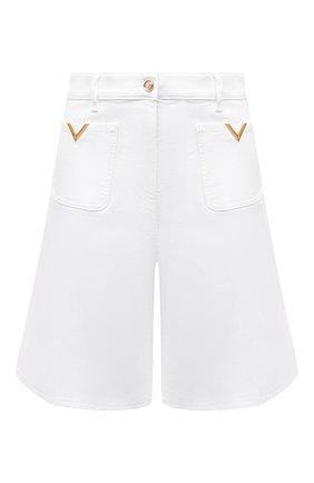 Женские джинсовые шорты VALENTINO белого цвета, арт. VB3DD11E67P | Фото 1