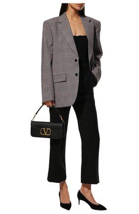 Женские замшевые туфли GIORGIO ARMANI черного цвета, арт. X1E718/XC067 | Фото 2 (Подошва: Плоская; Каблук тип: Kitten heel; Материал внутренний: Натуральная кожа; Каблук высота: Низкий)