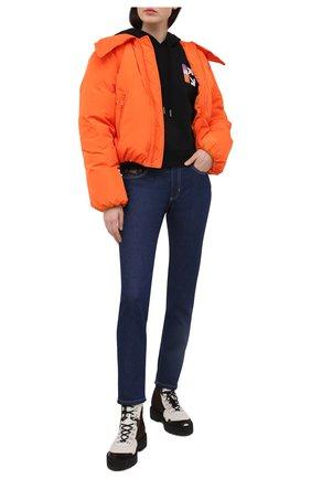 Женские джинсы VERSACE JEANS COUTURE темно-синего цвета, арт. A1HWA0SI-WDP501/AQ954 | Фото 2