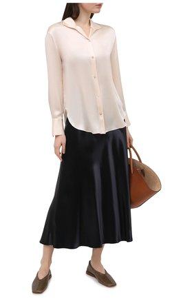 Женская шелковая блузка VINCE бежевого цвета, арт. V718012413 | Фото 2
