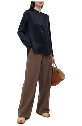 Женская шелковая блузка VINCE темно-синего цвета, арт. V718012244 | Фото 2