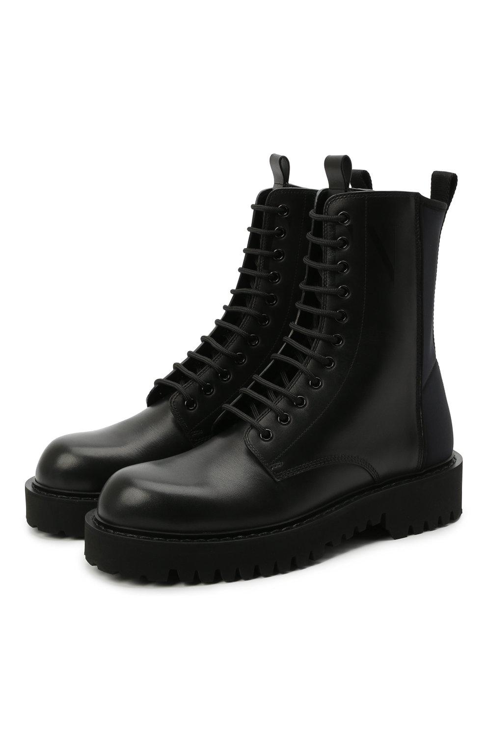 Мужские кожаные ботинки VALENTINO черного цвета, арт. VY2S0E07/TRW   Фото 1 (Мужское Кросс-КТ: Ботинки-обувь; Материал внутренний: Натуральная кожа; Подошва: Массивная)