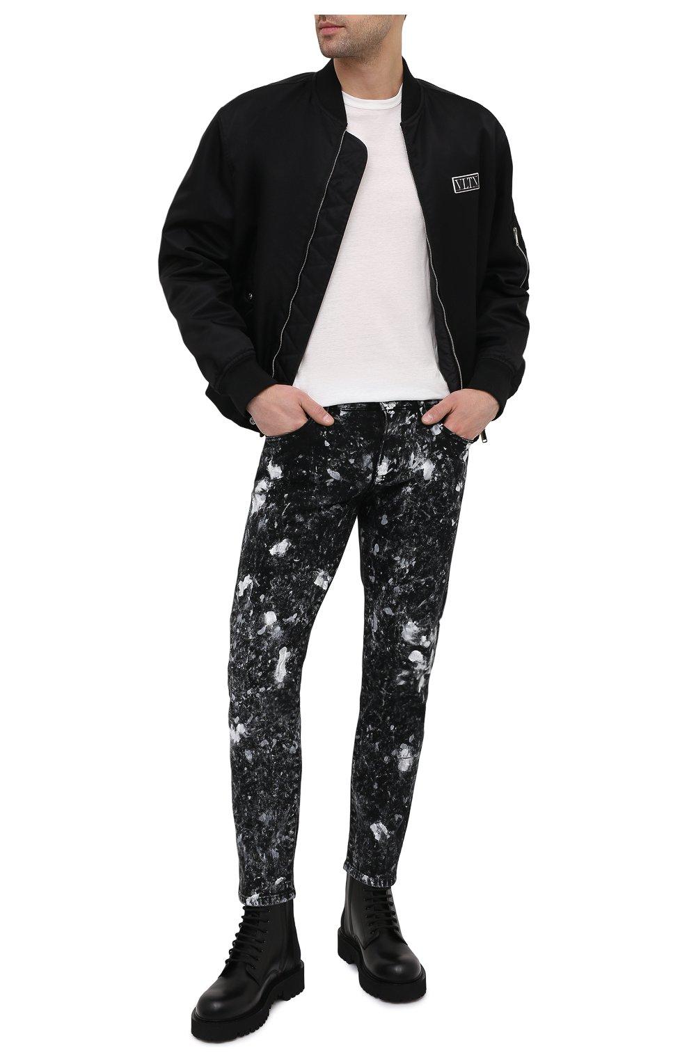 Мужские кожаные ботинки VALENTINO черного цвета, арт. VY2S0E07/TRW   Фото 2 (Мужское Кросс-КТ: Ботинки-обувь; Материал внутренний: Натуральная кожа; Подошва: Массивная)
