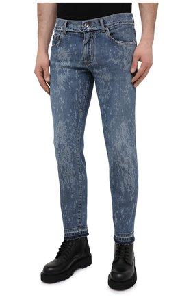 Мужские джинсы DOLCE & GABBANA синего цвета, арт. GYC4LD/G8DN6   Фото 3 (Силуэт М (брюки): Узкие; Кросс-КТ: Деним; Длина (брюки, джинсы): Стандартные; Стили: Гранж; Материал внешний: Хлопок; Детали: Потертости)