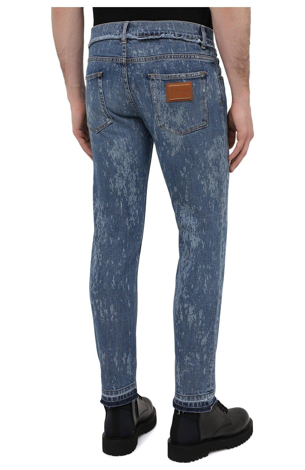 Мужские джинсы DOLCE & GABBANA синего цвета, арт. GYC4LD/G8DN6   Фото 4 (Силуэт М (брюки): Узкие; Кросс-КТ: Деним; Длина (брюки, джинсы): Стандартные; Стили: Гранж; Материал внешний: Хлопок; Детали: Потертости)
