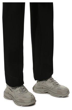 Мужские комбинированные кроссовки triple s BALENCIAGA серого цвета, арт. 536737/W2FA1 | Фото 3 (Материал внешний: Текстиль; Материал внутренний: Текстиль; Подошва: Массивная)