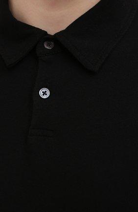 Мужское хлопковое поло JAMES PERSE черного цвета, арт. MDTS3379 | Фото 5 (Застежка: Пуговицы; Рукава: Короткие; Длина (для топов): Удлиненные; Материал внешний: Хлопок; Стили: Кэжуэл)