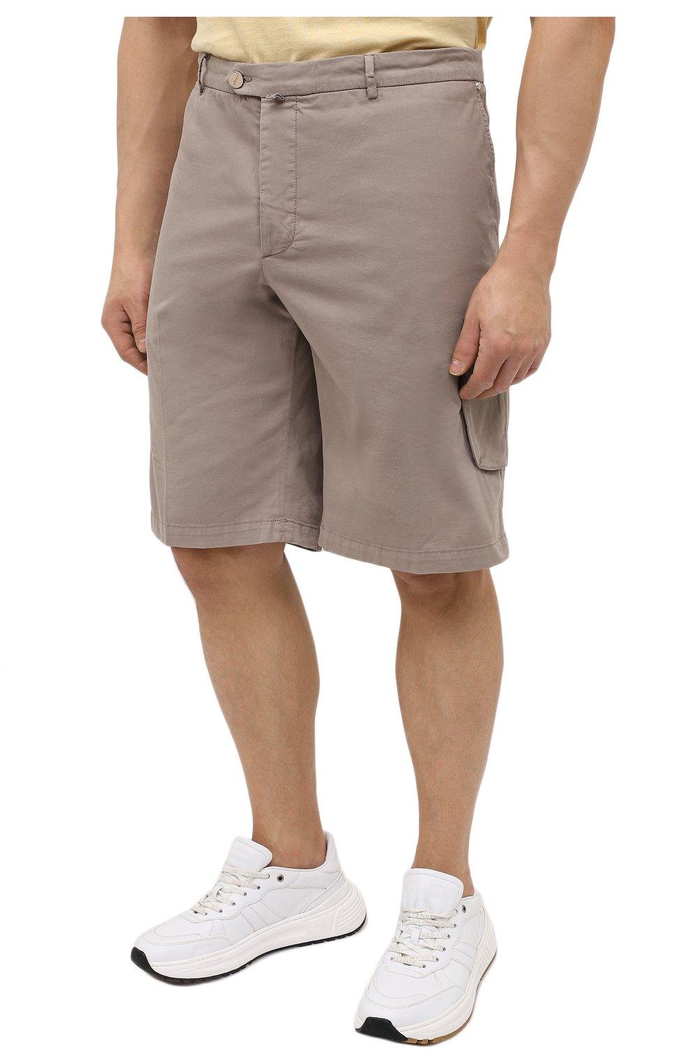 Мужские шорты из хлопка и шелка KITON темно-бежевого цвета, арт. UFPPBJ07T42/44-52 | Фото 3 (Big sizes: Big Sizes; Мужское Кросс-КТ: Шорты-одежда; Принт: Без принта; Длина Шорты М: Ниже колена; Материал внешний: Хлопок; Стили: Кэжуэл)
