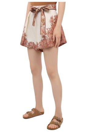 Женские льняные шорты ZIMMERMANN бежевого цвета, арт. 9663ABRG   Фото 3 (Женское Кросс-КТ: Шорты-одежда, Шорты-пляжная одежда; Длина Ж (юбки, платья, шорты): Мини; Материал внешний: Лен; Стили: Бохо; Материал подклада: Хлопок)