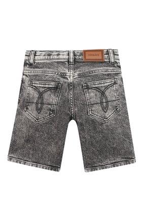 Детские джиновые шорты VERSACE серого цвета, арт. 1000229/1A00187/4A-6A | Фото 2