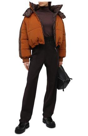 Женский пуховая куртка FENDI коричневого цвета, арт. FAN001 AEQD | Фото 2