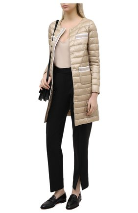 Женское пуховое пальто HERNO бежевого цвета, арт. PI1245D/12017 | Фото 2