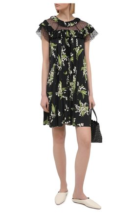 Женское платье REDVALENTINO разноцветного цвета, арт. VR3MJ06J/5PN | Фото 2 (Длина Ж (юбки, платья, шорты): До колена; Случай: Повседневный; Материал внешний: Синтетический материал; Стили: Романтичный; Женское Кросс-КТ: Платье-одежда; Рукава: Короткие)