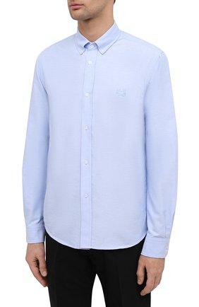 Мужская хлопковая рубашка KENZO голубого цвета, арт. FB55CH4001LD   Фото 3 (Манжеты: На пуговицах; Воротник: Button down; Рукава: Длинные; Рубашки М: Classic Fit; Случай: Повседневный; Длина (для топов): Стандартные; Материал внешний: Хлопок; Принт: Однотонные; Стили: Кэжуэл)