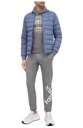 Мужские хлопковые джоггеры kenzo sport KENZO серого цвета, арт. FA65PA7124MS | Фото 2 (Мужское Кросс-КТ: Брюки-трикотаж; Длина (брюки, джинсы): Стандартные; Материал внешний: Хлопок; Силуэт М (брюки): Джоггеры; Стили: Спорт-шик)