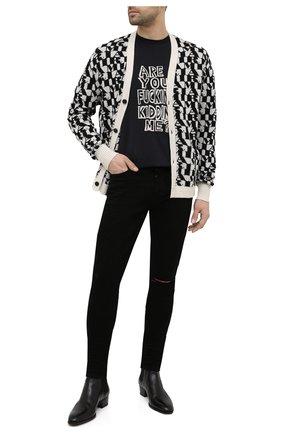 Мужские джинсы AMIRI черного цвета, арт. MDS002-001 | Фото 2 (Силуэт М (брюки): Узкие; Длина (брюки, джинсы): Стандартные; Стили: Гранж; Материал внешний: Хлопок; Кросс-КТ: Деним)