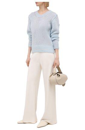 Женский свитер MONCLER голубого цвета, арт. G1-093-9C771-00-A9441   Фото 2