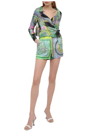 Женские шелковые шорты VERSACE разноцветного цвета, арт. A85704/1F00385 | Фото 2 (Материал внешний: Шелк; Материал подклада: Купро; Длина Ж (юбки, платья, шорты): Мини; Женское Кросс-КТ: Шорты-одежда; Стили: Романтичный)