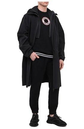 Мужской хлопковый свитшот BURBERRY черного цвета, арт. 8037982 | Фото 2 (Материал внешний: Хлопок; Рукава: Длинные; Длина (для топов): Стандартные; Стили: Кэжуэл; Мужское Кросс-КТ: свитшот-одежда; Принт: С принтом)