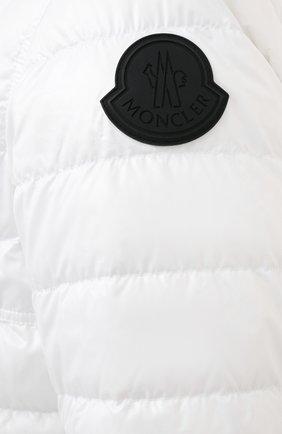 Мужская двусторонняя пуховая куртка krim MONCLER белого цвета, арт. G1-091-1A52N-70-68950   Фото 5 (Кросс-КТ: Куртка; Мужское Кросс-КТ: пуховик-короткий; Рукава: Длинные; Материал внешний: Синтетический материал; Принт: С принтом; Материал подклада: Синтетический материал; Длина (верхняя одежда): Короткие; Материал утеплителя: Пух и перо; Стили: Кэжуэл)
