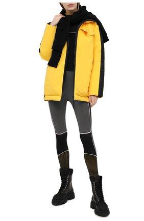 Женский пуховая куртка FENDI желтого цвета, арт. FAA434 AERK   Фото 2