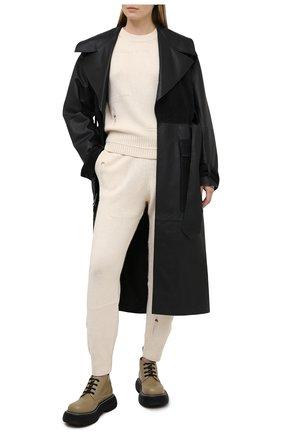 Женский свитер из шерсти и кашемира HELMUT LANG кремвого цвета, арт. K10HW704 | Фото 2