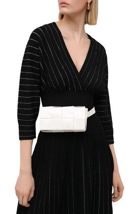 Женская поясная сумка cassette belt bag BOTTEGA VENETA белого цвета, арт. 651053/VCQ72 | Фото 2