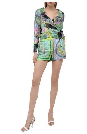Женская шелковая блузка VERSACE разноцветного цвета, арт. A88213/1F00456 | Фото 2