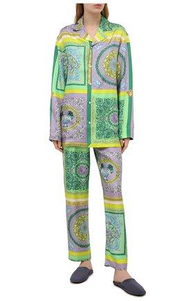 Женские шелковые брюки VERSACE разноцветного цвета, арт. AUD05057/1F00508 | Фото 2