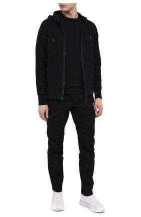 Мужской хлопковый свитшот C.P. COMPANY черного цвета, арт. 10CMSS060A-005086W | Фото 2 (Длина (для топов): Стандартные; Рукава: Длинные; Материал внешний: Хлопок; Мужское Кросс-КТ: свитшот-одежда; Стили: Гранж; Принт: Без принта)