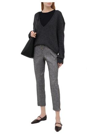 Женские брюки из вискозы и льна LORENA ANTONIAZZI серого цвета, арт. P2117PA032/3377 | Фото 2