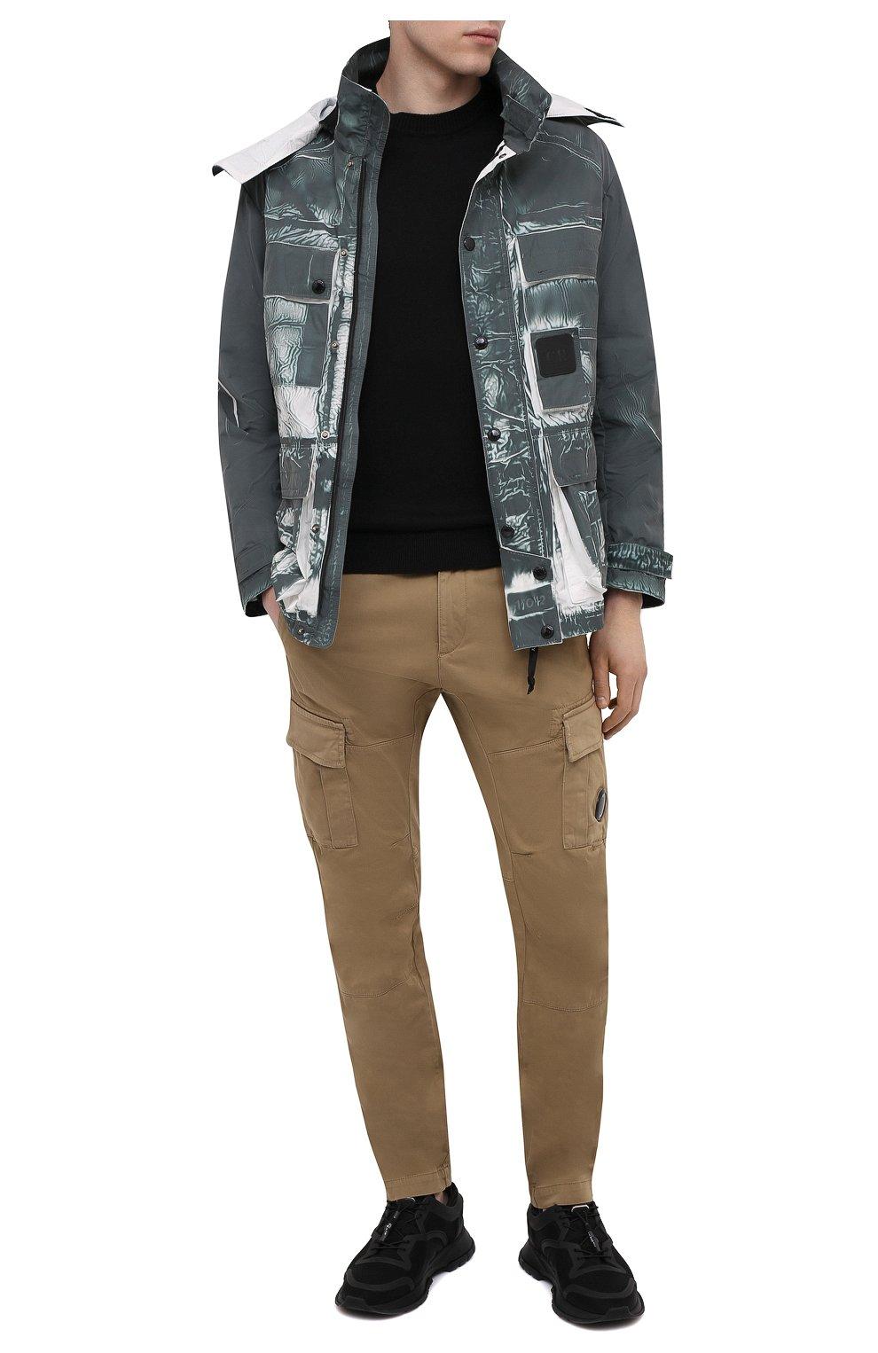 Мужская куртка C.P. COMPANY зеленого цвета, арт. 10CM0W214A-005990P | Фото 2 (Кросс-КТ: Куртка, Ветровка; Рукава: Длинные; Материал внешний: Синтетический материал; Длина (верхняя одежда): Короткие; Стили: Кэжуэл)