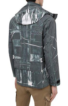 Мужская куртка C.P. COMPANY зеленого цвета, арт. 10CM0W214A-005990P | Фото 4 (Кросс-КТ: Куртка, Ветровка; Рукава: Длинные; Материал внешний: Синтетический материал; Длина (верхняя одежда): Короткие; Стили: Кэжуэл)