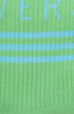 Мужские хлопковые носки VERSACE зеленого цвета, арт. ICZ0003/IK0203   Фото 2