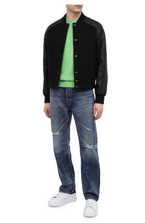 Мужской кашемировый свитер VERSACE зеленого цвета, арт. A88199/A237529 | Фото 2 (Материал внешний: Шерсть, Кашемир; Стили: Кэжуэл; Мужское Кросс-КТ: Свитер-одежда; Рукава: Длинные; Принт: Без принта; Длина (для топов): Стандартные)