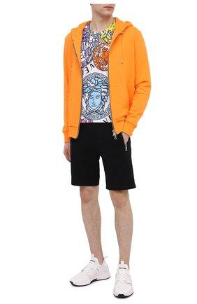 Мужская хлопковая футболка VERSACE разноцветного цвета, арт. A76113/1F00404 | Фото 2