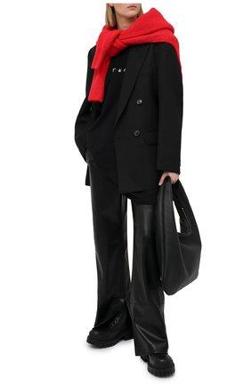 Женская хлопковая футболка VETEMENTS черного цвета, арт. UE51TR340B 1611/W | Фото 2