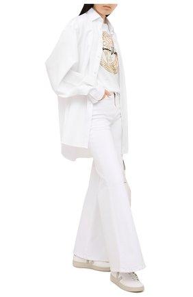 Женская хлопковая футболка VERSACE белого цвета, арт. A87456/A228806 | Фото 2