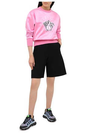Женский свитшот VERSACE розового цвета, арт. A88405/1F00108 | Фото 2