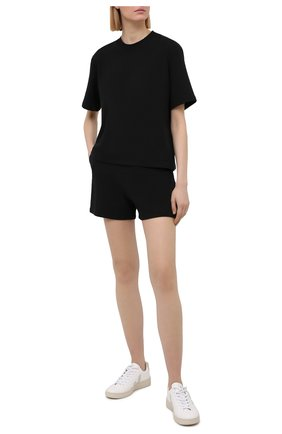 Женская хлопковая футболка I.D. SARRIERI черного цвета, арт. A5504   Фото 2