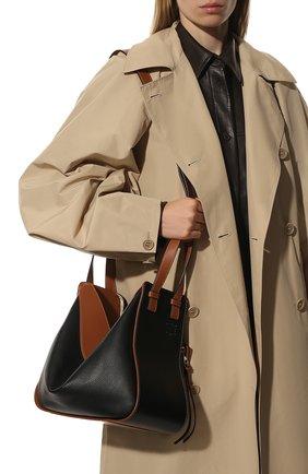 Женская сумка hammock small LOEWE черного цвета, арт. A538S35X04   Фото 6 (Сумки-технические: Сумки через плечо, Сумки top-handle; Материал: Натуральная кожа; Ремень/цепочка: На ремешке; Размер: small)